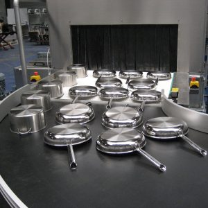 Pfannenreinigung mittels Durchlaufreinigungsanlage