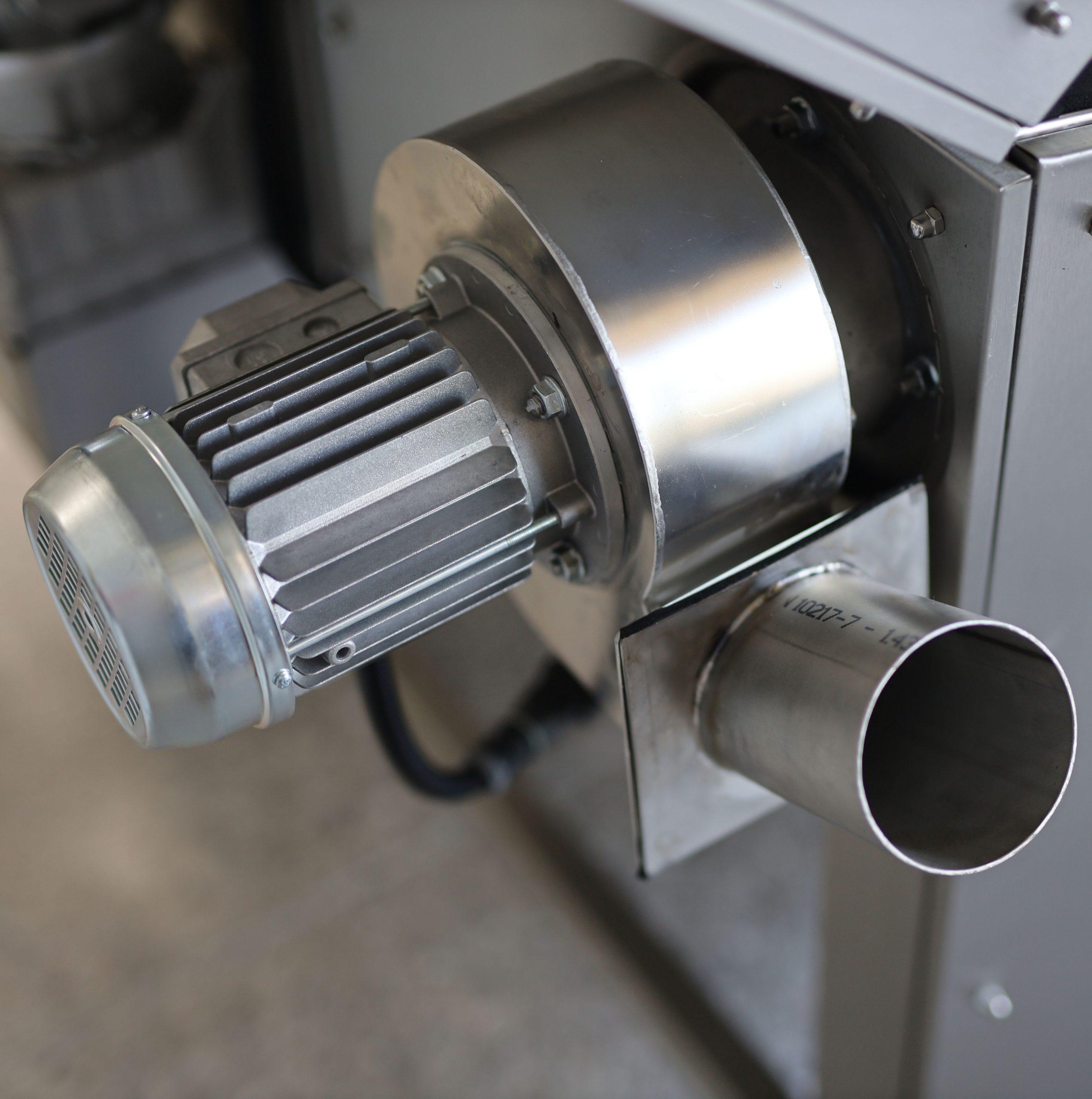 Teilewaschanlagen mit Dampfschwadenabsaugung