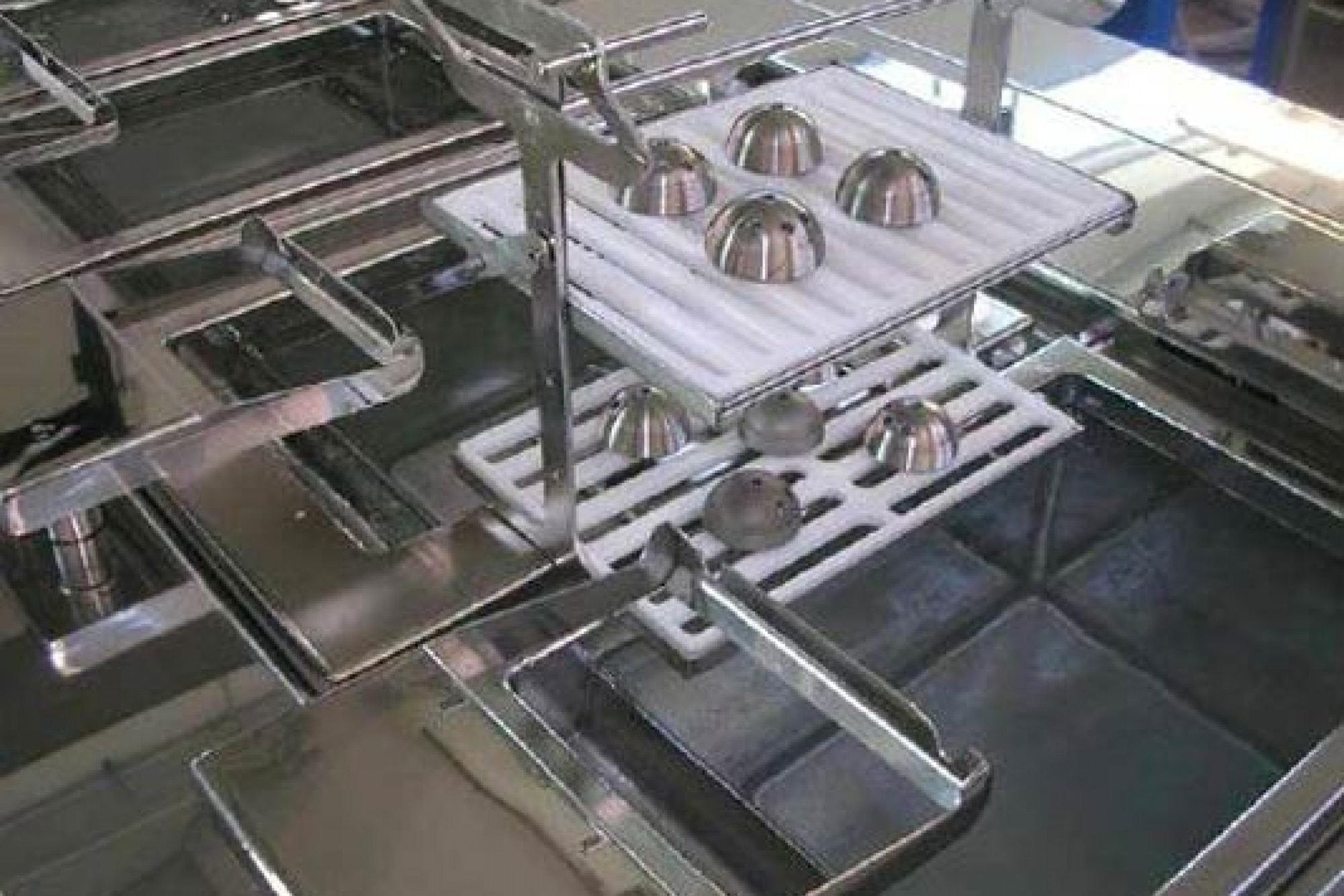 Ultraschallreinigungsanlage Medizintechnik Bauteilaufnahme