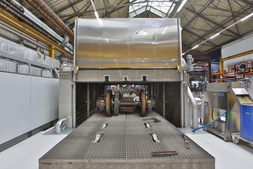 Großreinigungsanlage für das Waschen von Drehgestellen