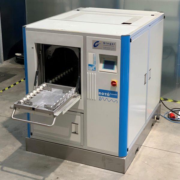 Außenansicht der Teilereinigungsmaschine Teilereinigungsmaschine Rotocleaner EMS 600