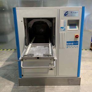 Ansicht von vorne Teilereinigungsmaschine Rotocleaner EMS 600